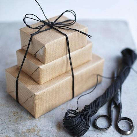 7 Quick Fixes Holiday Gift Wrap portrait 8