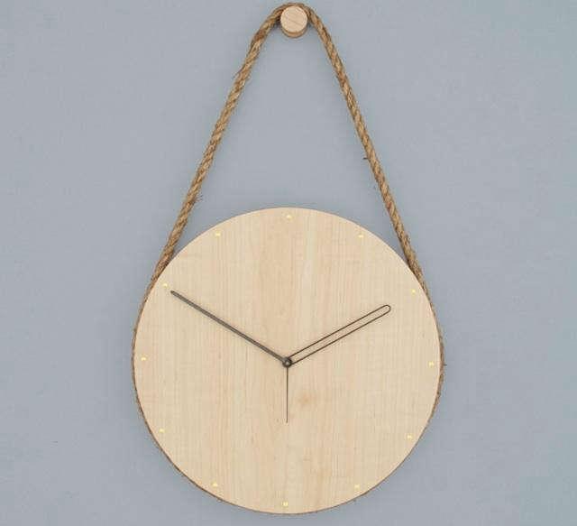 Accessories Lukas Peet Hanging Clock portrait 3