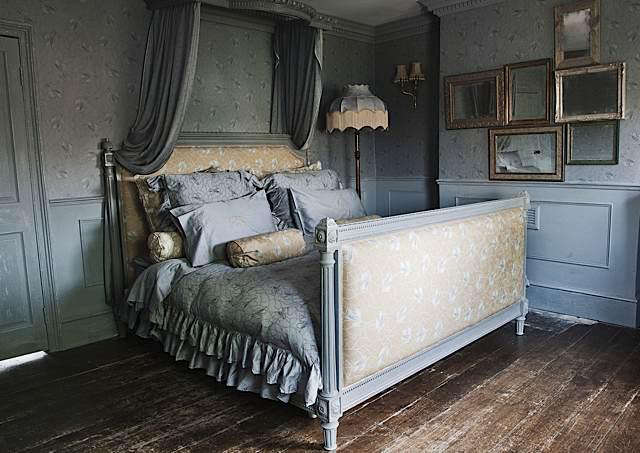 Fabrics  Linens House of Hackney in London portrait 3