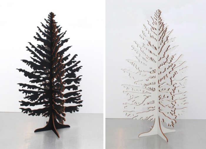 700 black and white christmas tree