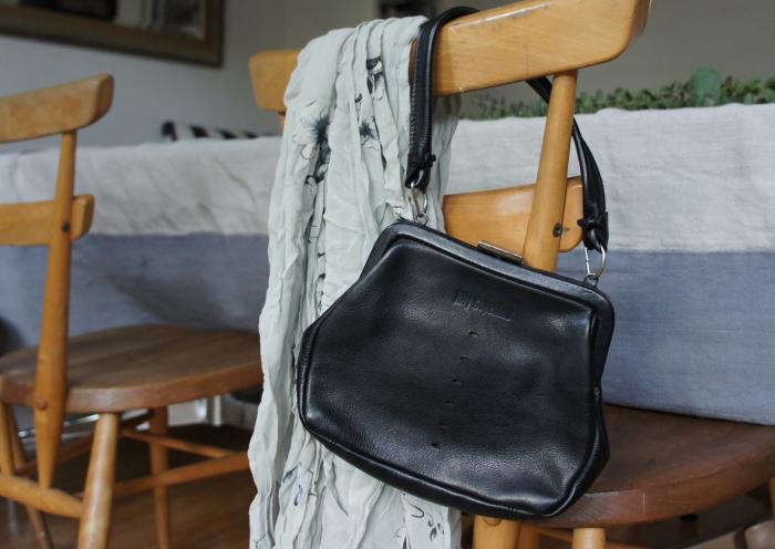 700 black leather ally capellino handbag for evening