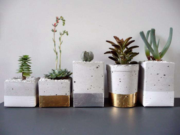 700 cement planter with metal leaf 3