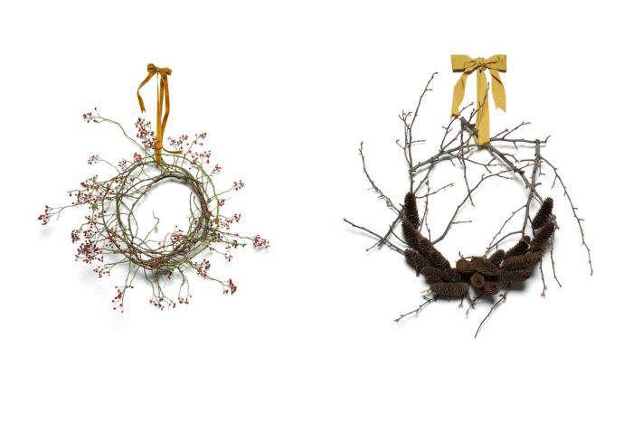 700 emily thompson winter wreaths rosehip pinecones