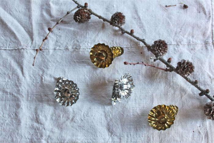 DIY Simple Advent Wreaths Made from Foraged Flora portrait 5