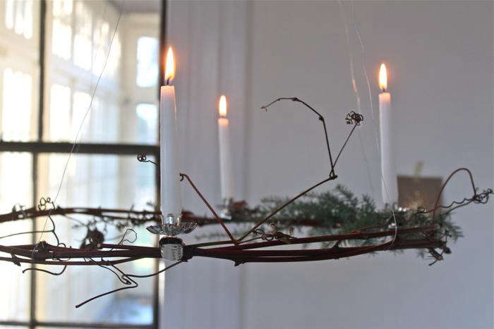 DIY Simple Advent Wreaths Made from Foraged Flora portrait 10