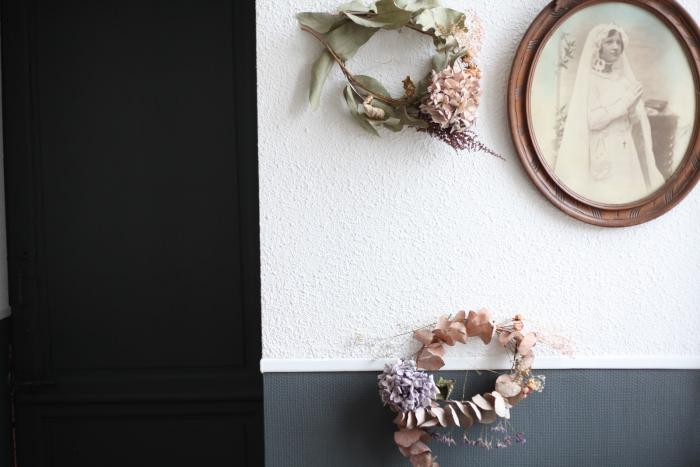 janet&#8\2\17;s been coveting agilded forest wreath on etsy while izabell 9