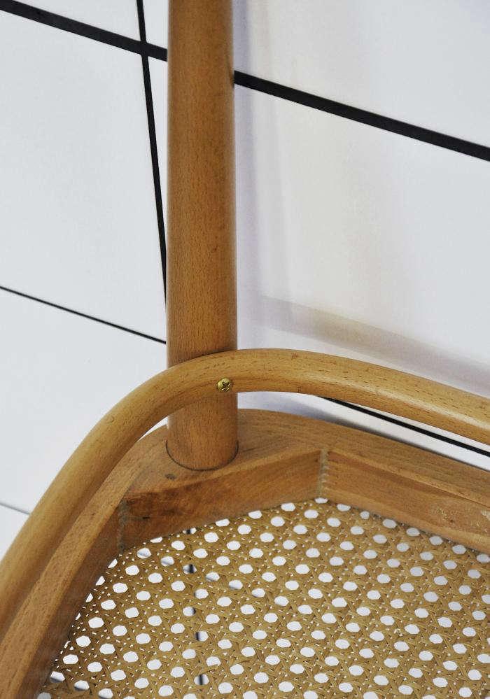 Down Under An Elegant Table from Scandinavia portrait 6