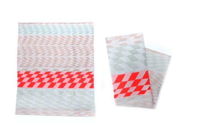 700 wwow tea towels