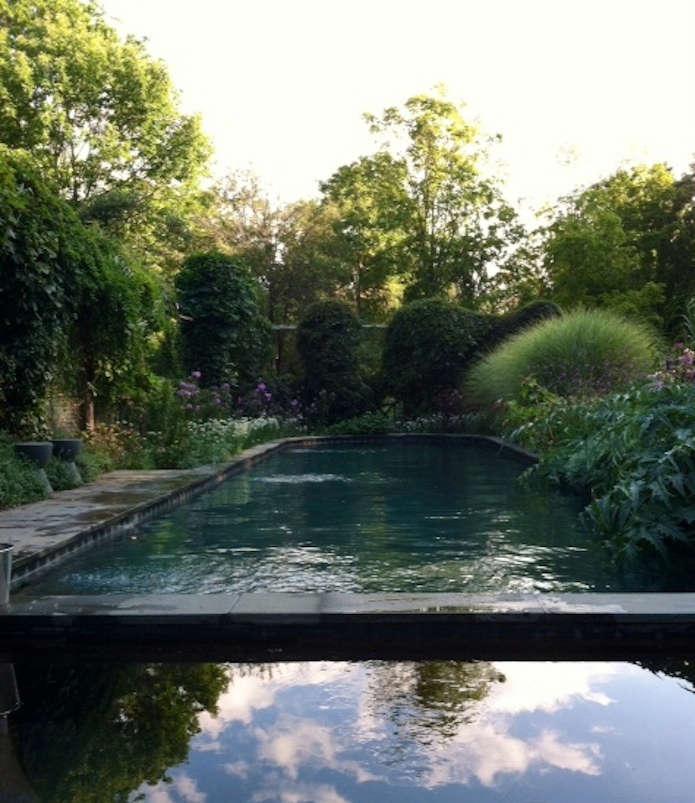 leva garden pool
