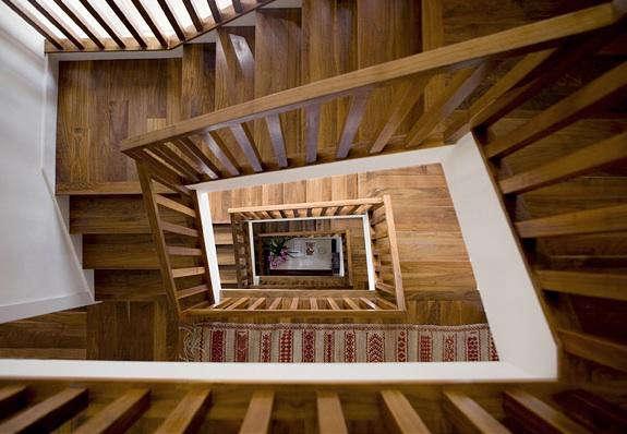 JMA  20  Parnassus  20  Stairwell