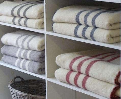Brook  20  Farm  20  Woolen  20  Blankets  20  1