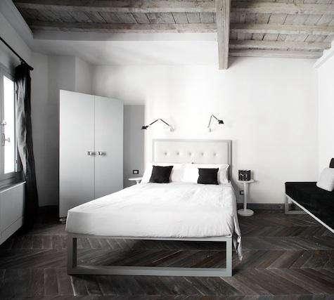 Floroom  20  2  20  Bedroom
