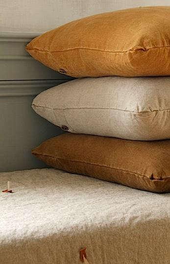 Hidden  20  Stack  20  of  20  Pillows
