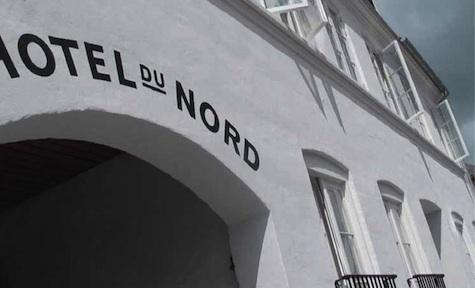 Hotel  20  du  20  Nord  20  Exterior  20  Painted  20  Sign