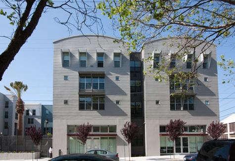 Architect Visit AIA 2009 Living Home Tour in SF portrait 13