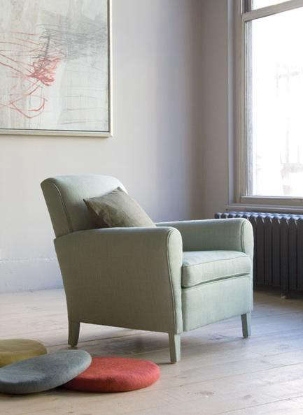 canvas  20  round  20  cushion  20  with  20  chair