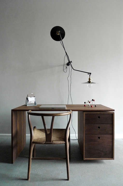worstead lamp with desk