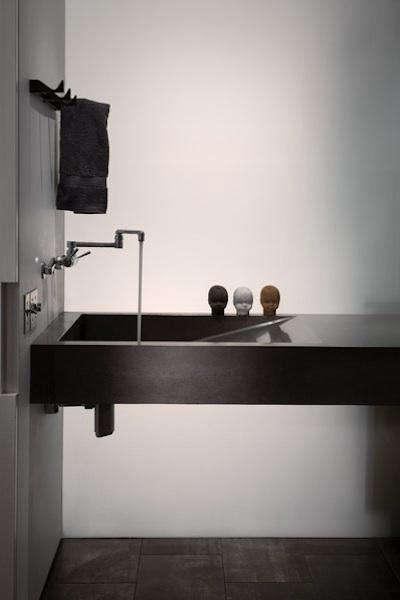 OK artist studio bath