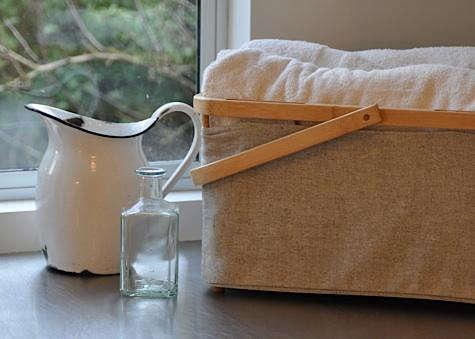 Allison  20  Laundry  20  detail  20  4