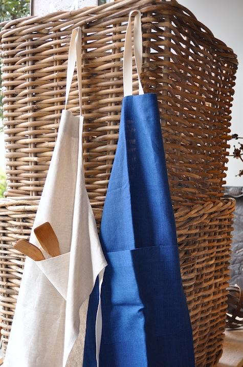 march linens apron duo