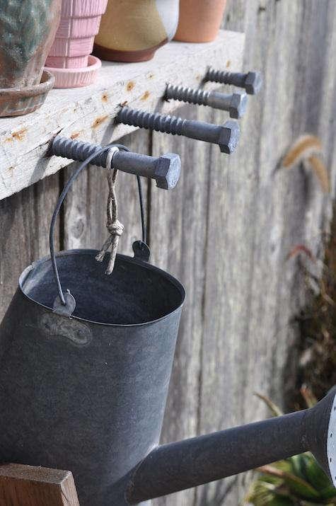 diy bolt hanger side view