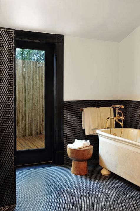 hotel  20  saint  20  cecilia  20  bath  20  with  20  mushroom  20  stool