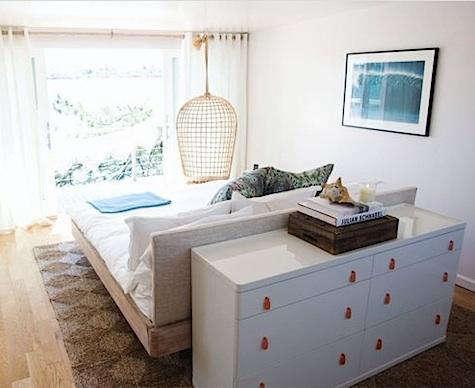 surf  20  lodge  20  bedroom  20  with  20  dresser