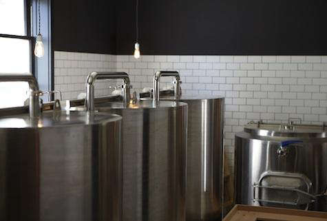 Restaurant Visit Mill Valley Beerworks in Marin County portrait 7