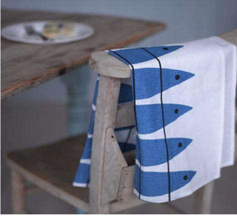 Fabrics  Linen Almedahls Herring Fabric at Huset Shop portrait 4