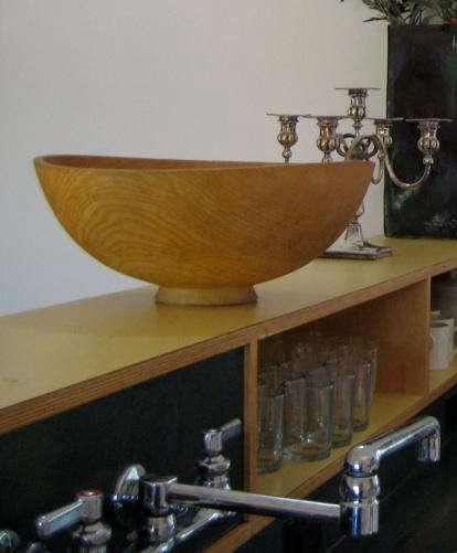julie kitchen with olive