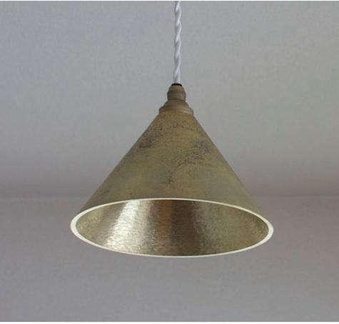 futagami cast brass lamp