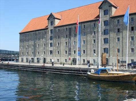 Restaurant Visit Noma in Copenhagen portrait 3