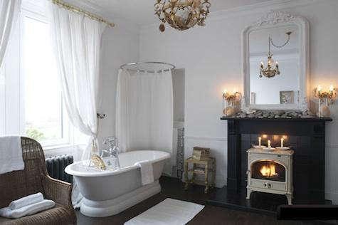 jura lodge bath 2
