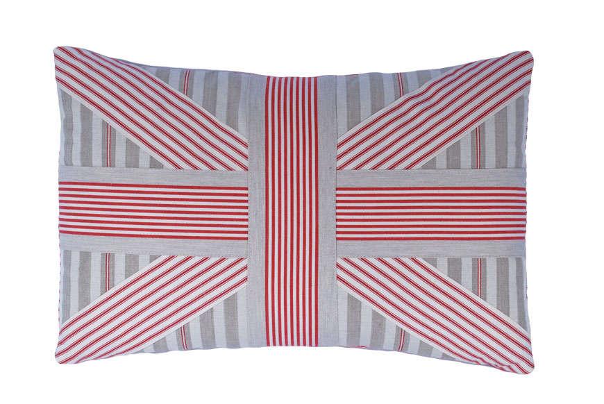 union jack red cushion1