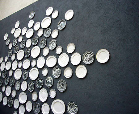 viceroy hotel outdoor wall