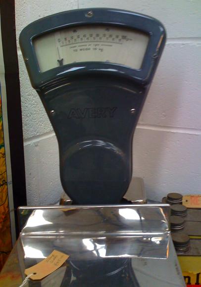 Kitchen OldFashioned Scales portrait 5