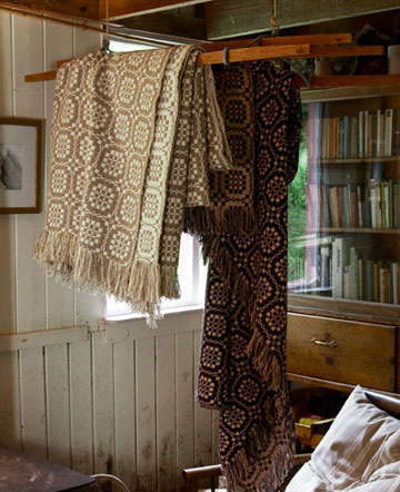 Bedroom Welsh Tapestry Bed Covers portrait 3