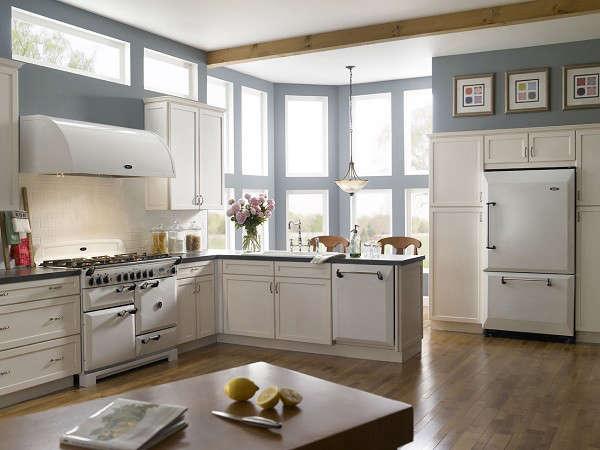 Appliances New Aga Line portrait 3