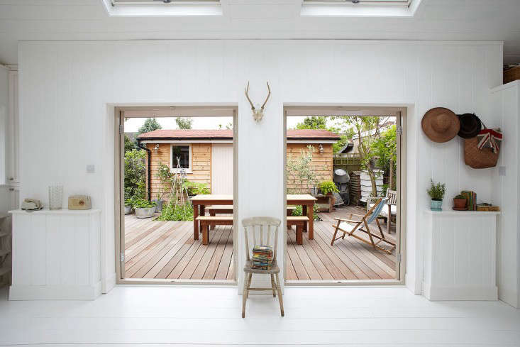 Current Obsessions: The Summer Living Room - Remodelista