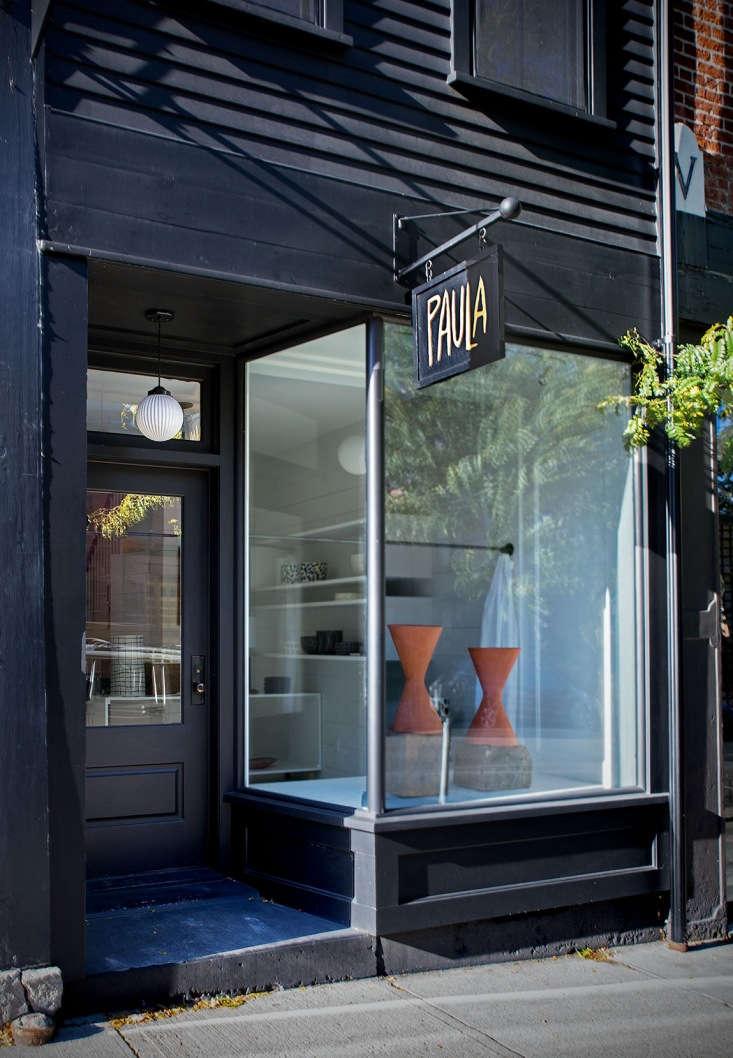 located on warren street, hudson&#8\2\17;s shopping hub, paula&#8\2\17; 9