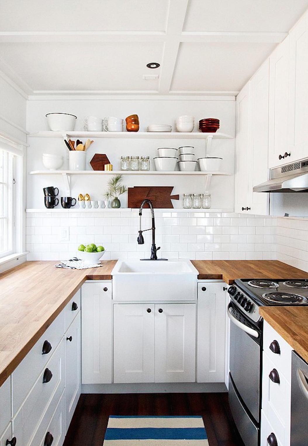 In her cabin kitchen, Sarah Samuel ofSmitten Studioinstalled Ikea&#8