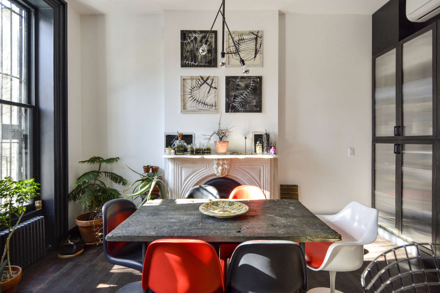 architects gregory merkel and catalina rojas's remodeled brooklyn townhouse | r 14