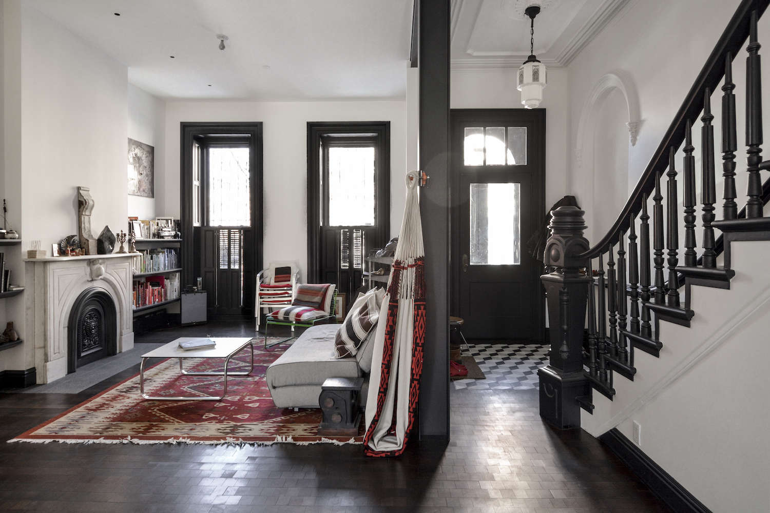 architects gregory merkel and catalina rojas's remodeled brooklyn townhouse | r 15