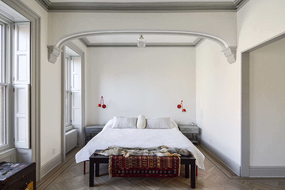 architects gregory merkel and catalina rojas's remodeled brooklyn townhouse | r 16