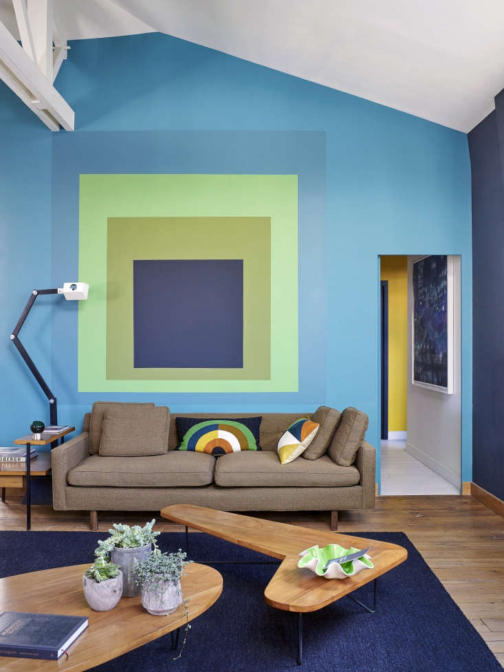 French designer/antiquaire Florence Lopez painted the walls of model Natacha Senechal Paris loft as an homage to Albers: see A Model at Home with Josef Albers. Photograph by Philippe Garcia courtesy of Florence Lopez.