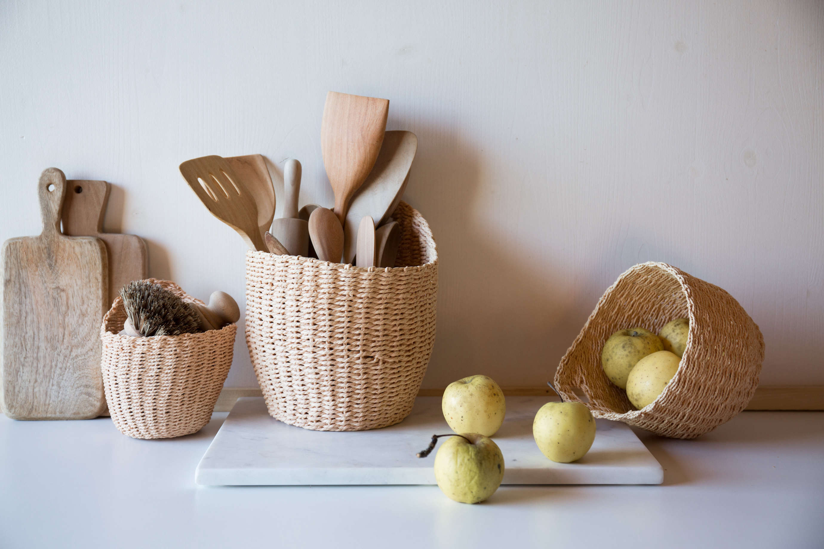 hanging baskets from le reperes des belettes | remodelista 9