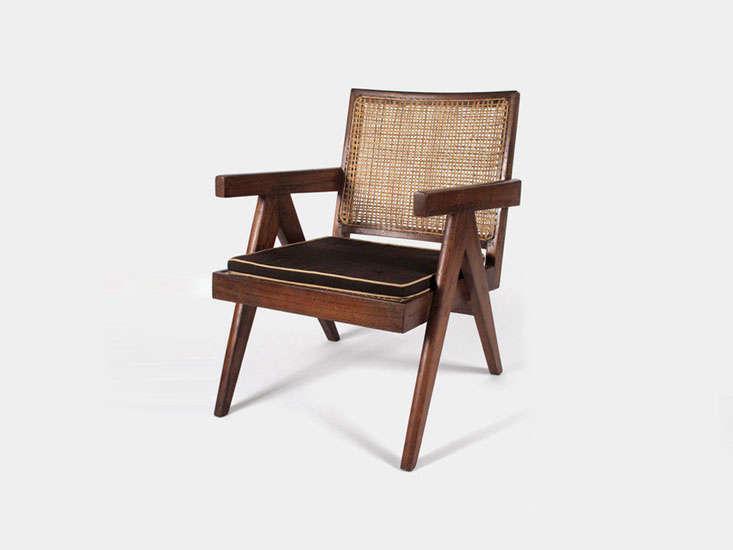 pierre-jeanneret-chair-sophie-buhai-remodelista-1