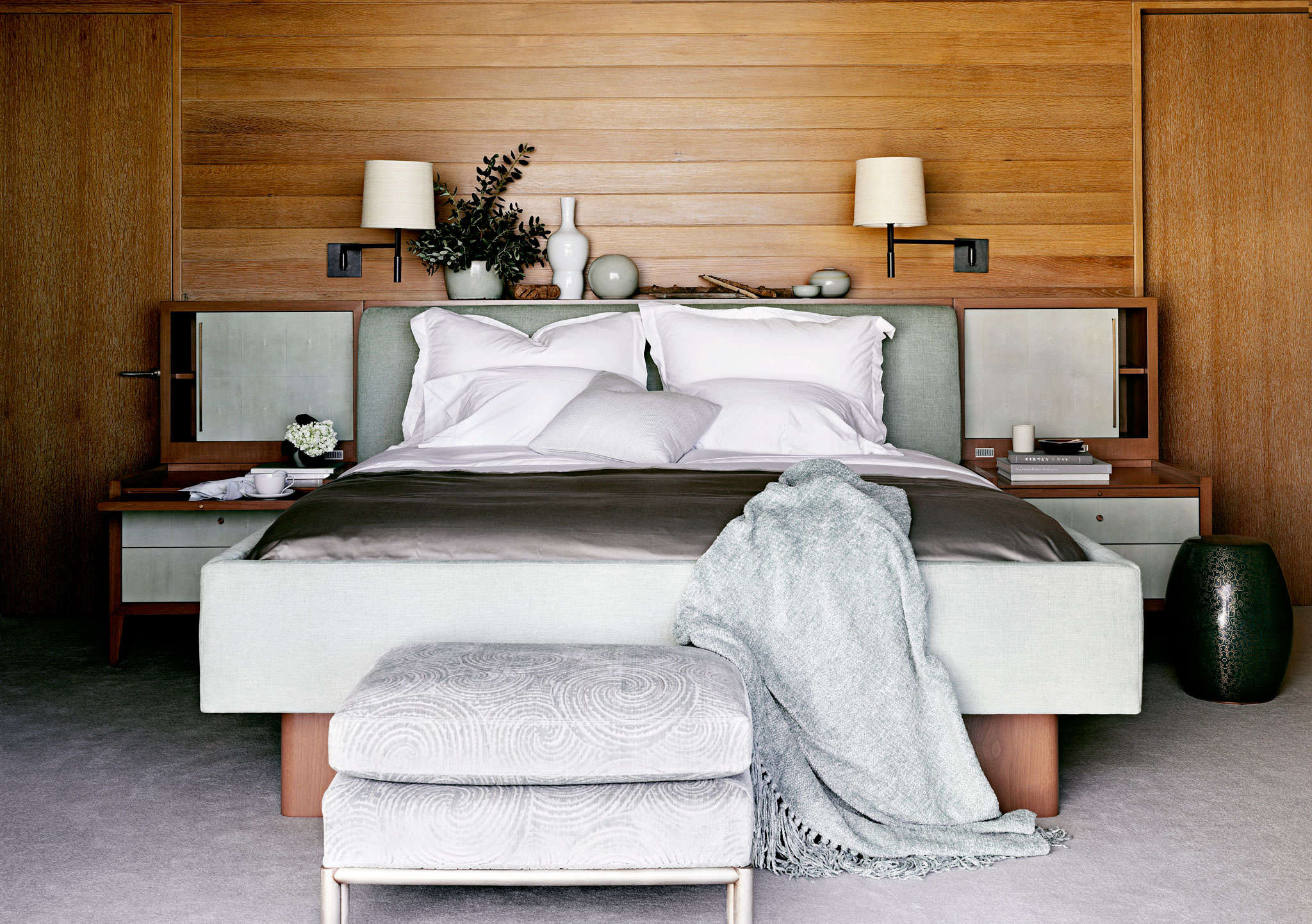wood paneled romantic bedroom designed by barbara barry | remodelista 11