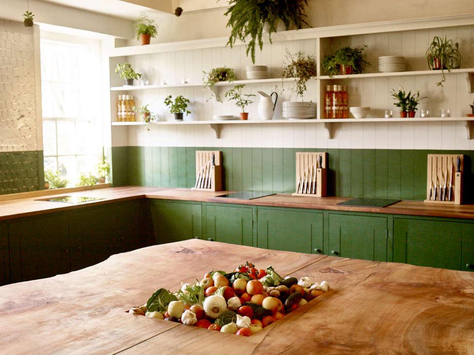 b&h kitchen, bourne and hollingsworth, british standard, two tone kitchen | 15