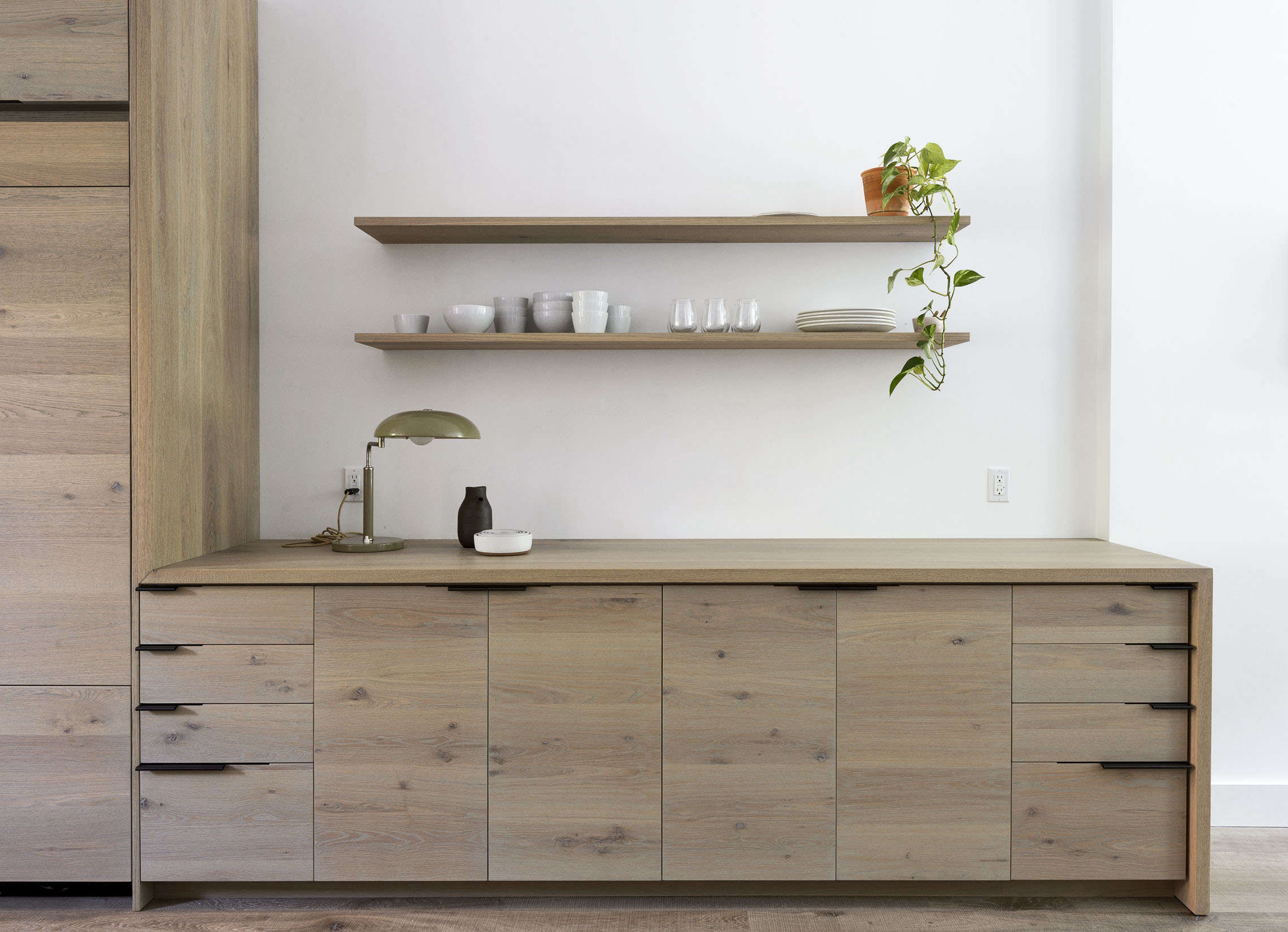 brooklyn dining area with custom oak cabinets, design by workstead, matthew wil 12